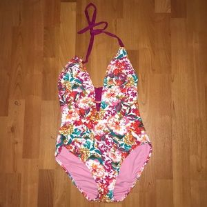 Mossimo size small bathing suit